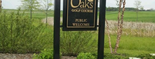 The Oaks Golf Course is one of Customers.