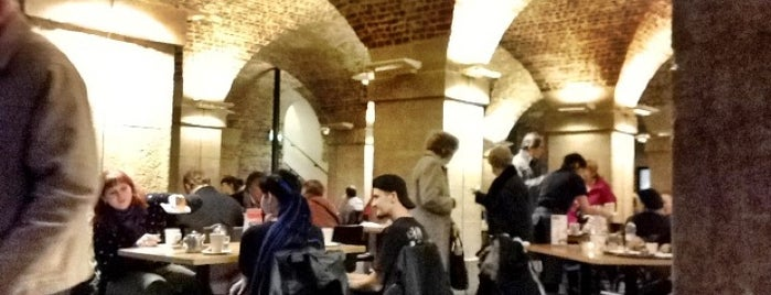 Café In The Crypt is one of Lieux qui ont plu à Kevin.