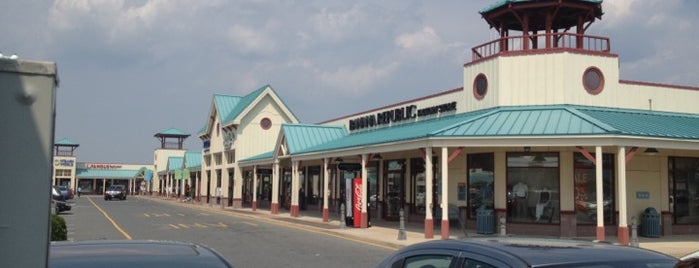 Tanger Outlets Rehoboth Beach is one of Locais salvos de INAN.