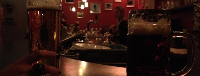 Ludwigs is one of Bars Nürnberg.