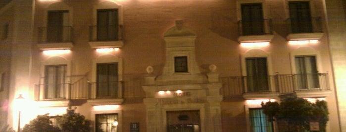 Hotel Duque de Nájera is one of Lugares favoritos de Jacob.