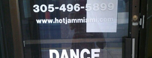 Hot Jam Entertainment is one of Free Entertainment.