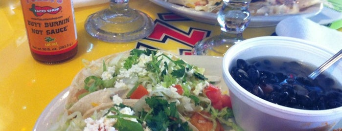 Fuzzy's Taco Shop is one of Lieux qui ont plu à Wednesday.