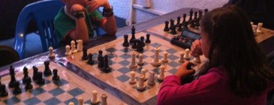 Escuela Nacional de ajedrez is one of YIDI Options.