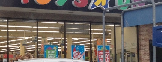 "Toys""R""Us is one of Tempat yang Disukai IS."