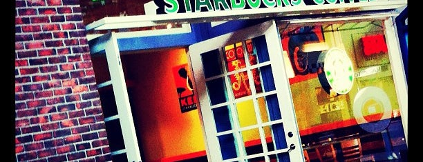 Starbucks is one of สถานที่ที่ Vincent ถูกใจ.
