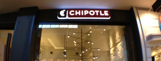 Chipotle Mexican Grill is one of Ruta 66.