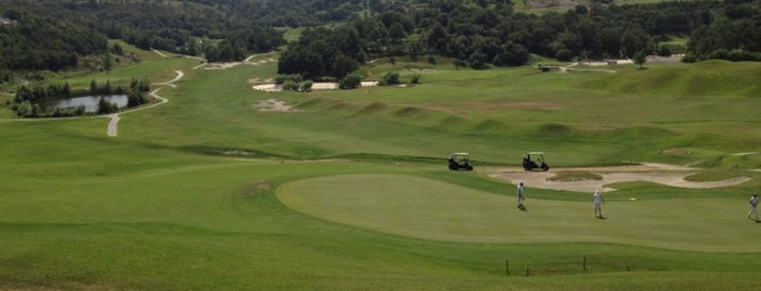 Sant'Anna Golf Club is one of Италия гольф.