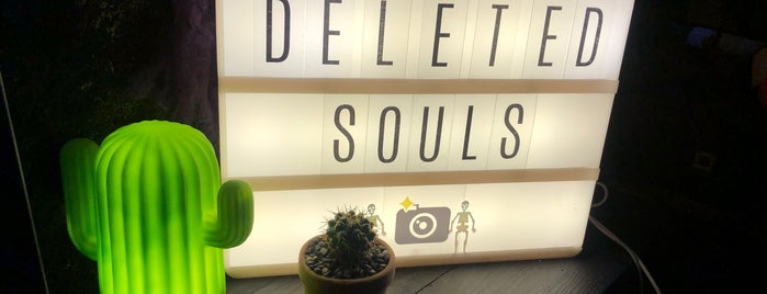 Deleted Souls, Cocktalitheque is one of Lugares favoritos de Hector.