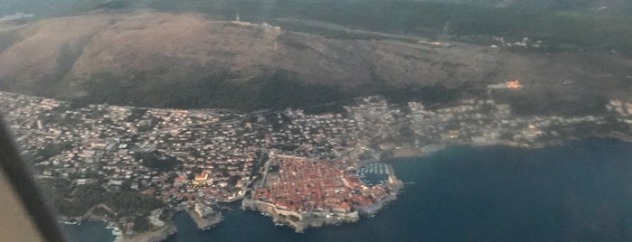 Dubrovnik Airport (DBV) is one of Orte, die Marlyn Guzman gefallen.