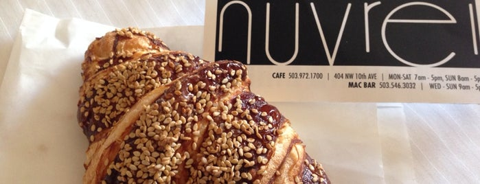 Nuvrei Patisserie & Café is one of Cusp25さんのお気に入りスポット.