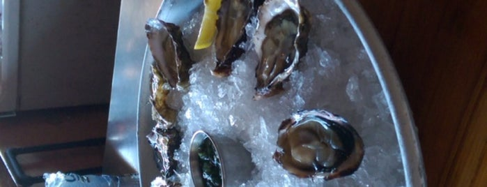 Hama Hama Oyster Company is one of Orte, die Cusp25 gefallen.