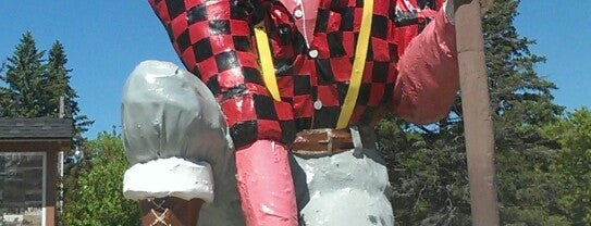 Paul Bunyan is one of Quirky Landmarks USA.