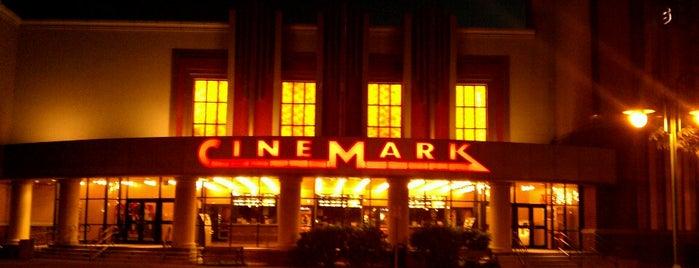 Cinemark is one of Orte, die Dawn gefallen.
