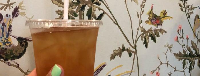Mirabelle Suites And Café is one of Posti che sono piaciuti a Breanna.
