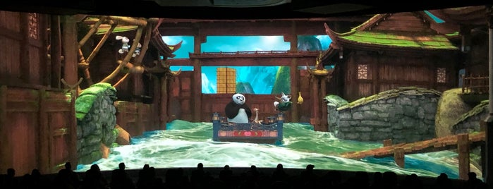 Kung Fu Panda Adventure is one of Orte, die Fernando gefallen.