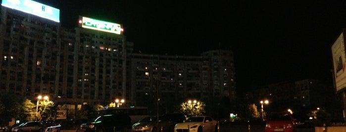Piața Alba Iulia is one of Locais salvos de Isa Baran.