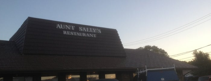 Aunt Sally's is one of Posti salvati di Nikkia J.