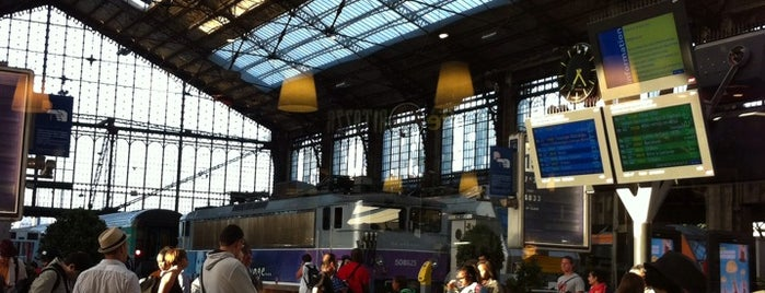 Gare SNCF de Paris Austerlitz is one of Paris.