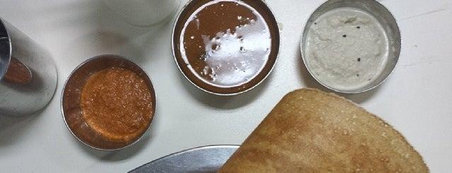 Vrindavan Restaurant is one of Lugares favoritos de Kaushikkumar.