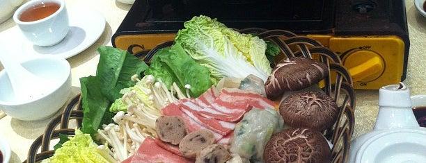 Light Vegetarian Restaurant is one of Hong Kong veggie.