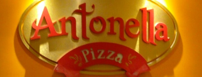 Antonella Pizza is one of Comida :).