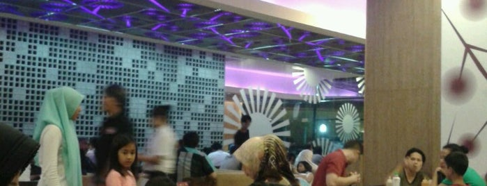 Solaria is one of Where to Eat in Jakarta.