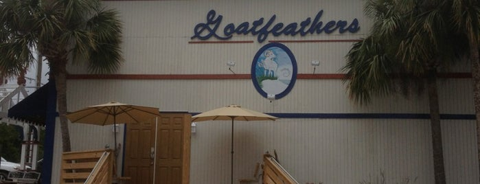 Goatfeathers Restaurant is one of Lugares favoritos de Sandy.