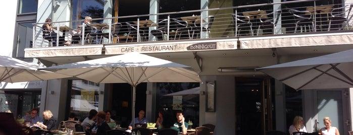 Bon(n)gout Café-Restaurant is one of Lugares favoritos de Shamael.