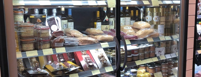 Foie Gras Luxe is one of shops.