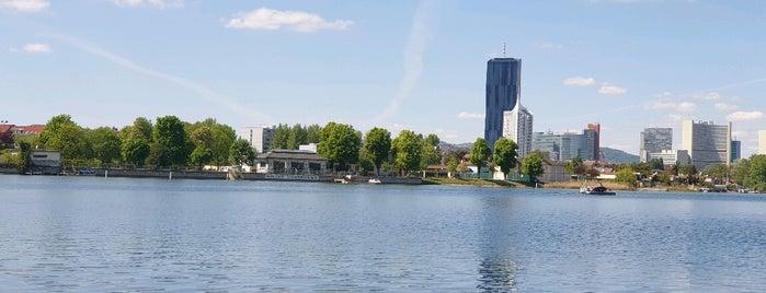Alte Donau is one of Lugares favoritos de Sibel.