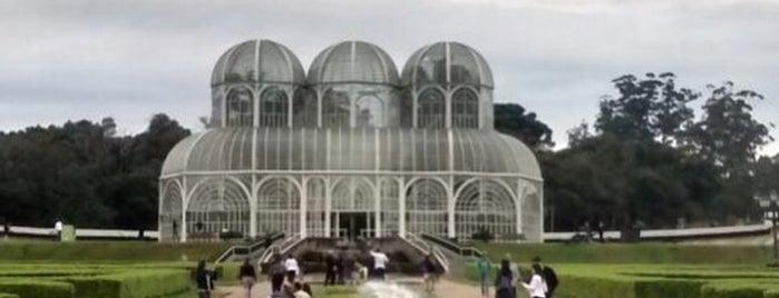 Jardim Botânico is one of Tempat yang Disukai Priscilla.