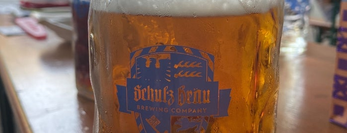 Schulz Bräu Brewing Company is one of Knoxville.