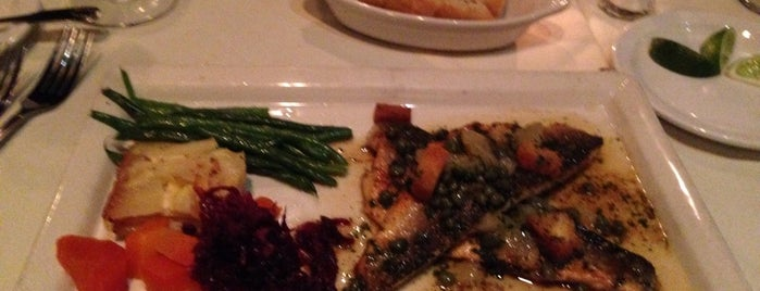Citrus Bistro Seafood Restaurant is one of Don.