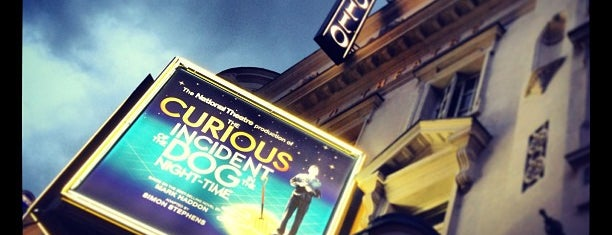 Apollo Theatre is one of Locais curtidos por David.