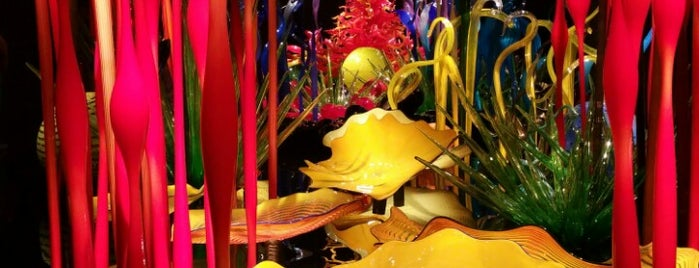 Chihuly Garden and Glass is one of Orte, die A gefallen.