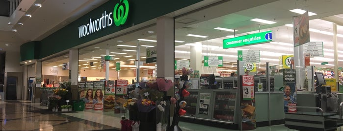 Woolworths is one of Mixy 님이 좋아한 장소.