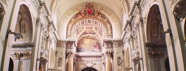 Cattedrale di San Pietro is one of Sibel 님이 좋아한 장소.
