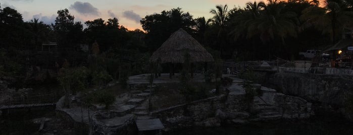Cenote Tortuga (Aak') is one of Lugares favoritos de Gabriela Gissel.