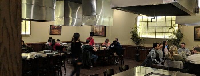 Shoji Sushi & Hibachi is one of Orte, die Jose gefallen.
