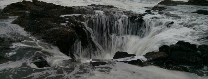 Thor's Well is one of Far Far Away.