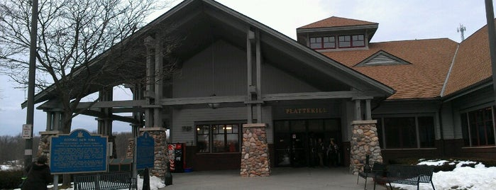 Plattekill Travel Plaza is one of Tempat yang Disukai Michael.