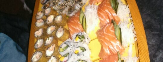 Planeta Sushi is one of Lugares favoritos de Thiago.