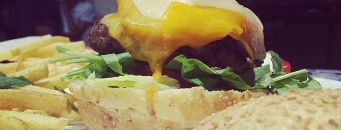Fatty Dab's Burger Shack is one of Posti che sono piaciuti a Fayza.