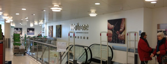 Waitrose & Partners is one of Adrianさんのお気に入りスポット.