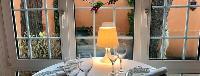 El Cenador de Salvador is one of Restaurantes destacables.