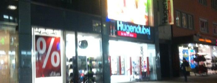 Hugendubel is one of สถานที่ที่ Simon ถูกใจ.