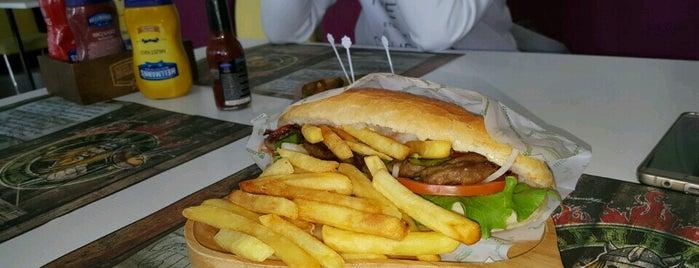 Oburix Cafe & Food is one of Tempat yang Disukai Pınar Arıkaya.