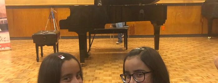 Facultad De Musica Unam is one of Jacquelineさんのお気に入りスポット.