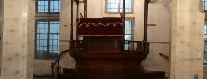Şalom Sinagogu is one of Synagogues In Turkey.
